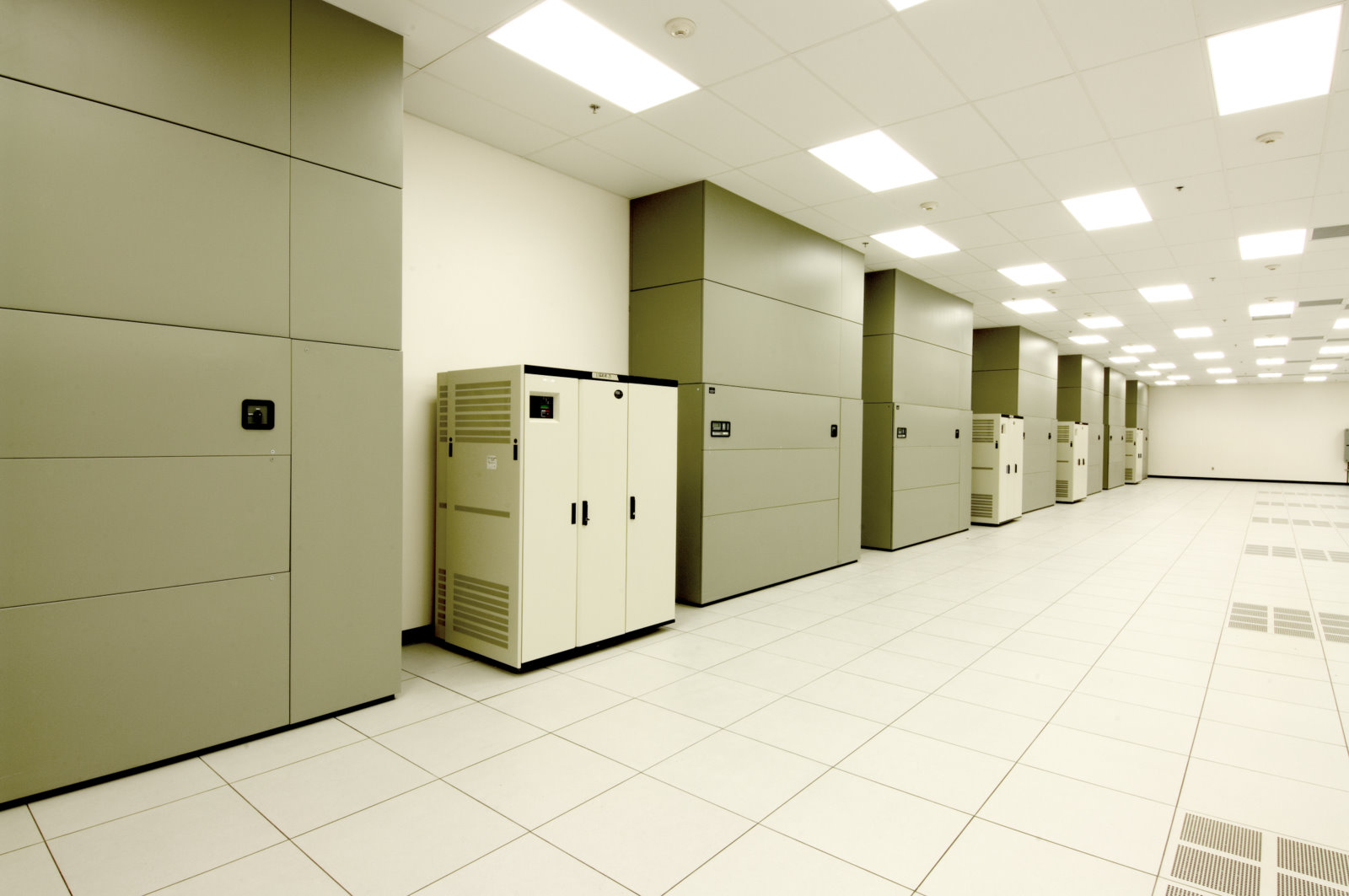 Houston Colocation Data Center - FIBERTOWN